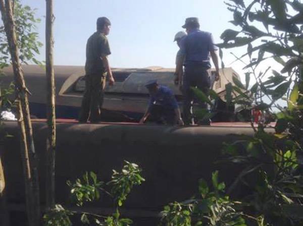 truck-train-collide-in-central-vietnam-killing-three