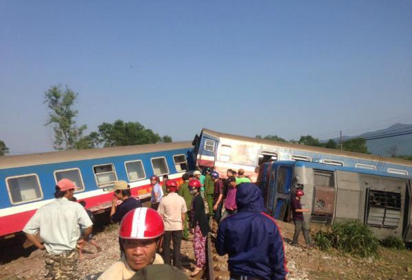 Truck, train collide in central Vietnam, killing three