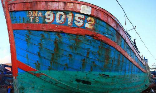 Da Nang plans display of fishing boat sunk by China
