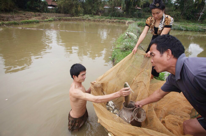 raw-fish-salad-vip-dish-by-vietnams-thai-people-1