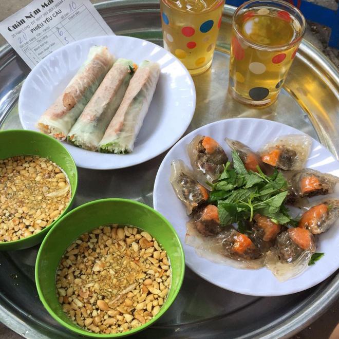 ham-long-must-visit-food-street-in-hanoi-6