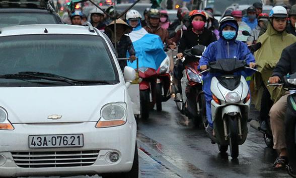 Da Nang considers blocking Uber, Grab