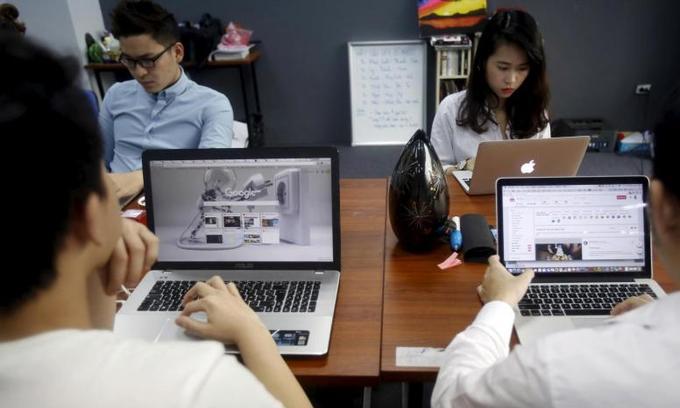 Vietnam's high demand for IT professionals shoots up salaries