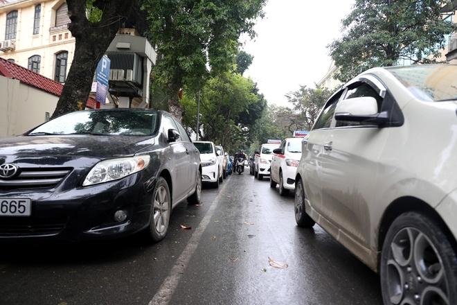 odd-even-parking-pulls-into-hanoi-6