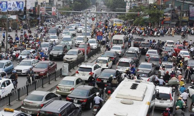 Vietnam's February car sales rise 50 pct