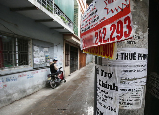 hanoi-mayor-dials-up-fight-against-graffiti-advertisements-6