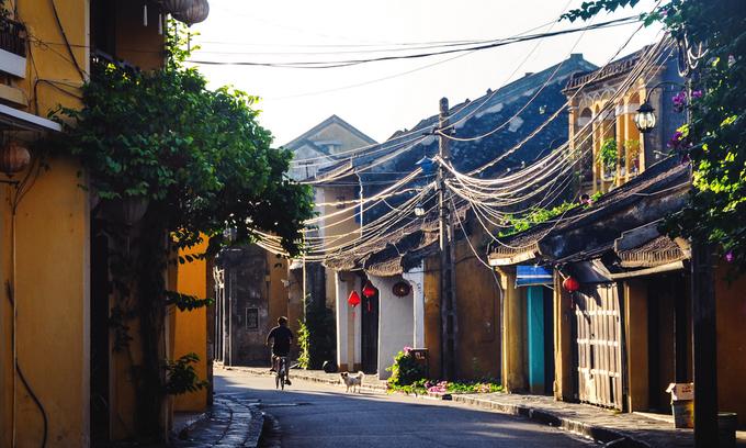 Aussie travel blogger in CNN ad names Ha Long, Hoi An her Vietnam favorites