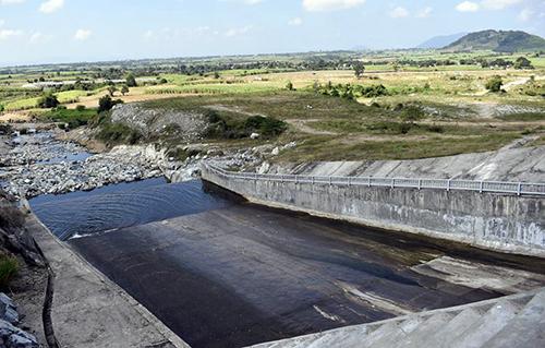 Vietnamese men face sobering charges after drunken reservoir blunder