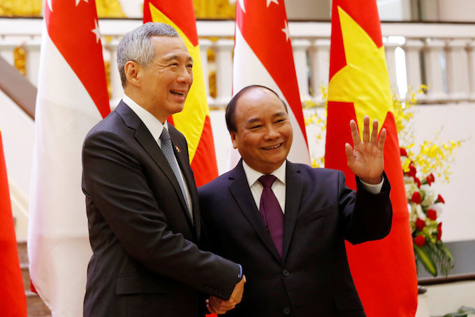 Singapore signs slew of deals with Vietnam