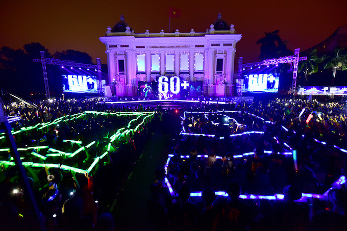 lights-go-out-around-the-world-for-10th-earth-hour-1