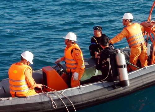 Vietnam recovers last three bodies stuck in sunken cargo ship