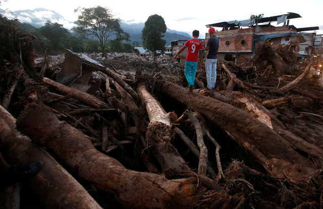 colombia-mudslide-flooding-kill-254-in-midnight-deluge-1