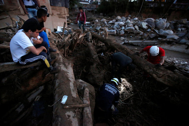 colombia-mudslide-flooding-kill-254-in-midnight-deluge-2