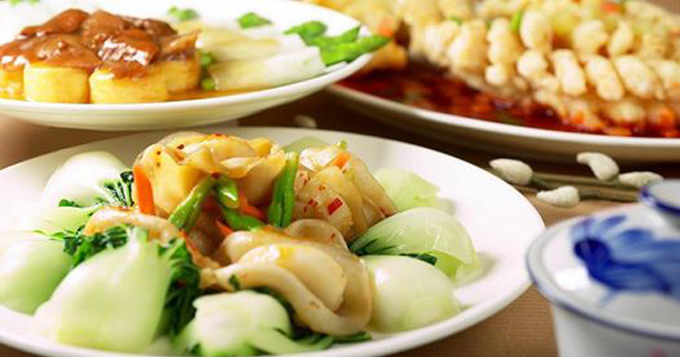 buffet-night-a-celebration-of-hung-kings-day-at-saigon-cafe-restaurant