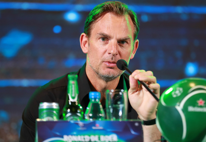 Meanwhile, his older brother Ronald de Boer thinks differently. I chose Monaco to be champion of the league, he said. Why? Because they are a young team and I believe the youth will make it.