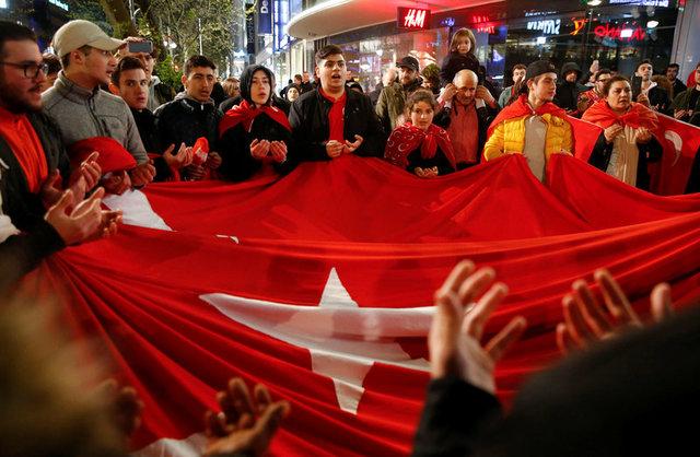 turkeys-erdogan-declares-referendum-victory-opponents-plan-challenge-2