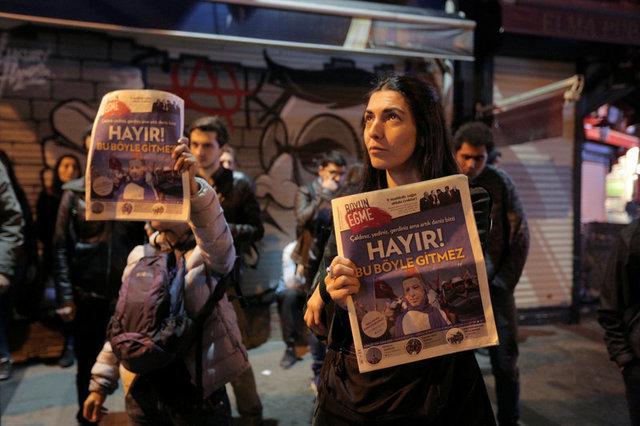 turkeys-erdogan-declares-referendum-victory-opponents-plan-challenge-5