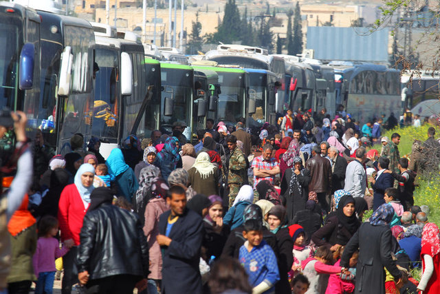 death-toll-from-aleppo-bus-convoy-bomb-attack-at-least-126-observatory-2