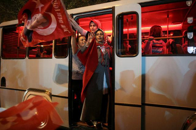 turkeys-erdogan-declares-referendum-victory-opponents-plan-challenge-1