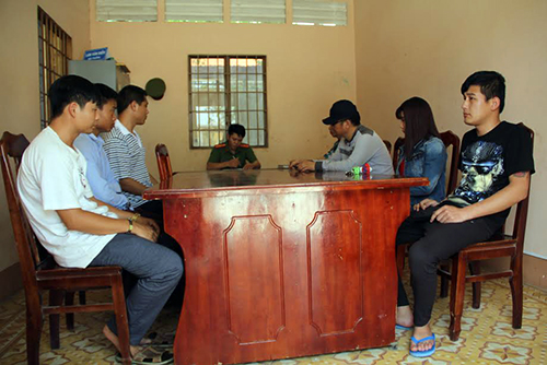three-chinese-men-caught-recruiting-wives-in-southern-vietnam