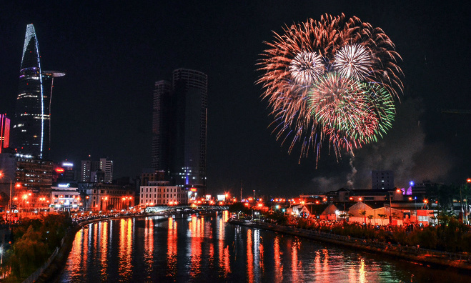 Vietnam douses Saigon's plan for fireworks to mark Reunification Day