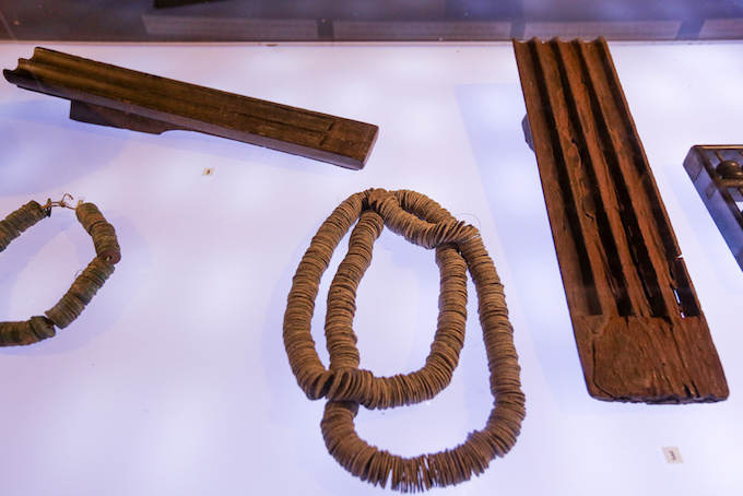 Items for containing and counting coins.