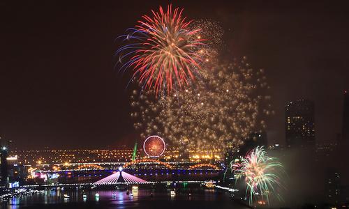 Fireworks festival explodes into life in Da Nang