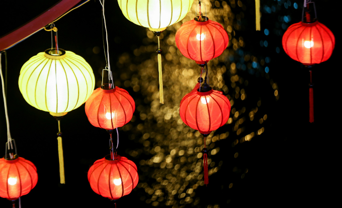 saigon-lights-up-for-buddhist-festival-4