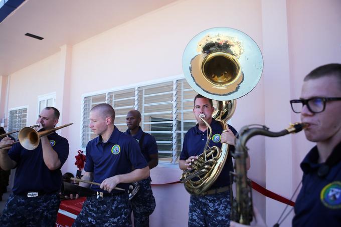 us-japan-naval-personnel-build-da-nang-nursery-school