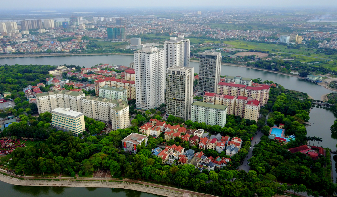 rising-from-a-hanoi-lake-a-city-within-a-city-3