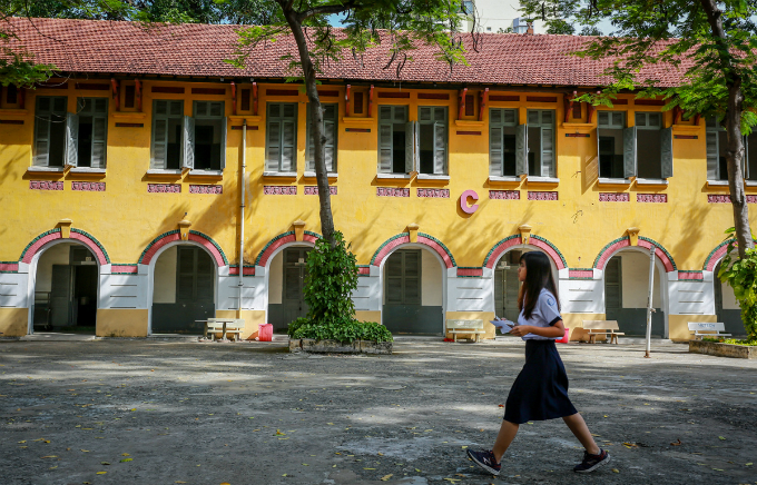 traces-of-time-in-saigons-century-old-high-school-9