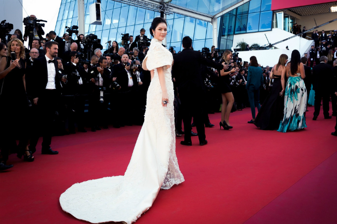 vietnamese-beauty-fuels-controversy-with-her-own-panel-at-cannes-1