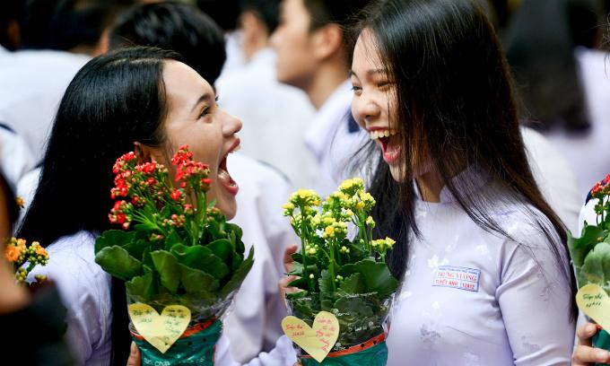 goodbye-high-school-a-vietnamese-rite-of-passage-2