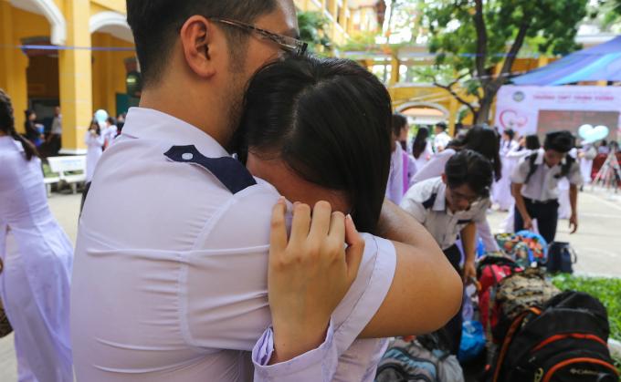goodbye-high-school-a-vietnamese-rite-of-passage-7