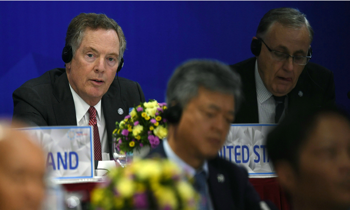 Trump's new trade rep Lighthizer struggles to win over Asian partners