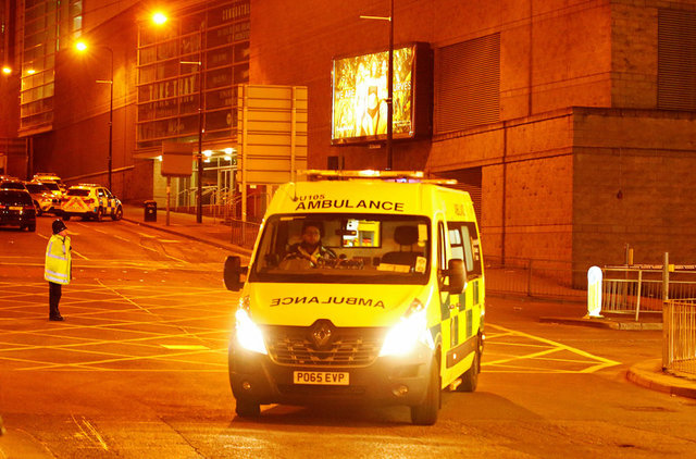 at-least-19-dead-in-blast-at-ariana-grande-concert-in-british-arena-2