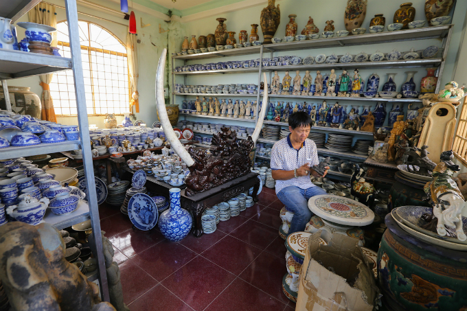the-vietnamese-king-of-pottery-and-his-priceless-collection-3