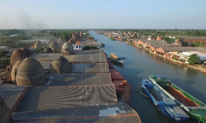 The Vietnamese kingdom of red bricks