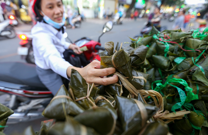 saigon-cleanses-body-and-soul-in-pest-killing-fest-1