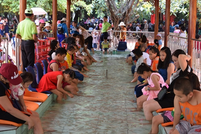 celebrating-childrens-day-with-a-splash-in-saigon-4