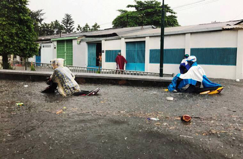 Poor drainage, rapid urbanization blamed as flooding rises to highest parts of Saigon