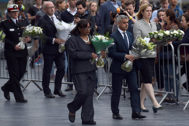 trump-renews-criticism-of-london-mayor-khan-over-attack