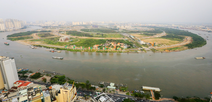 across-the-river-saigon-assembles-its-new-business-suburb