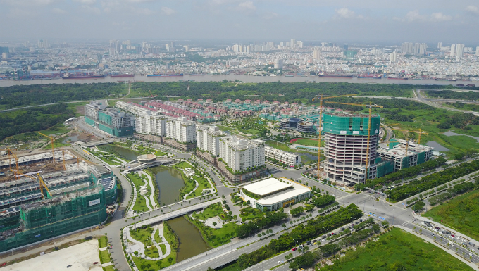 across-the-river-saigon-assembles-its-new-business-suburb-9