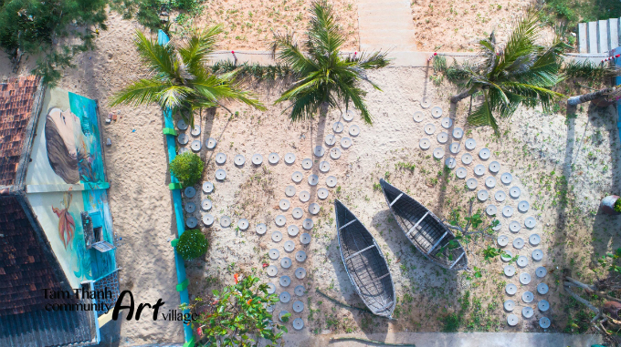 different-strokes-coracle-canvases-add-splash-of-color-to-central-vietnam-7