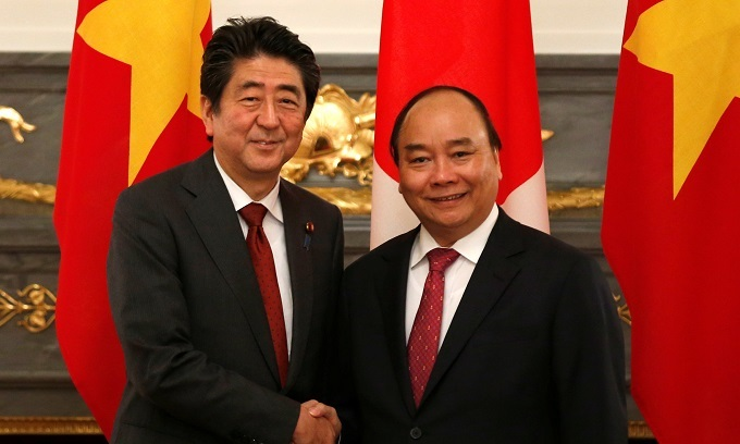 Japan pledges to bolster Vietnam's coastal patrol capabilities