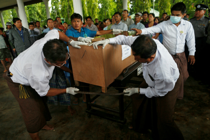 Myanmar recovers more bodies from crashed military plane