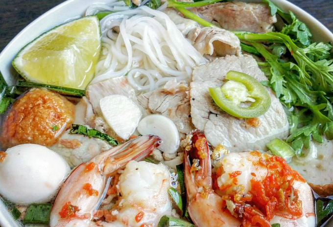 vietnamese-food-at-its-best-half-way-around-the-world-12