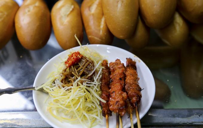 a-taste-of-cambodia-at-saigon-market-10