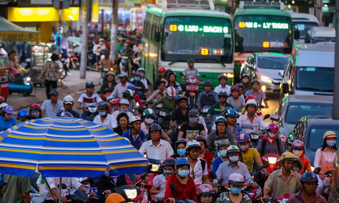 Saigon keeps eye on public bus network with 4,000 surveillance cameras